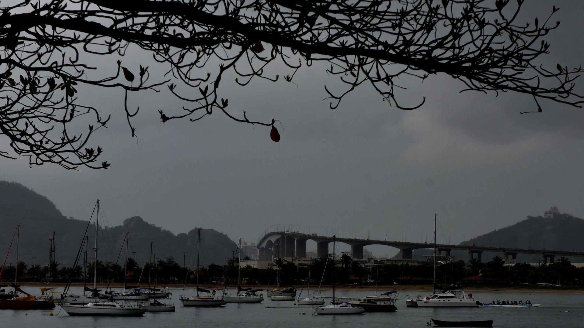 De chuva pra sol: clima muda de um dia para o outro em Vitória