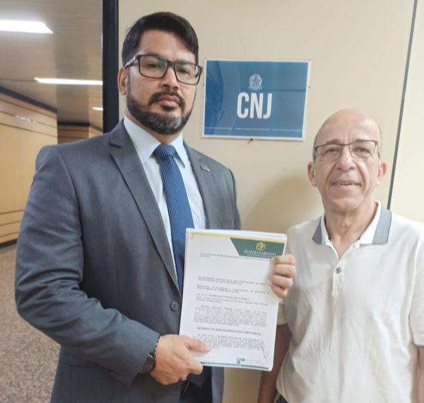 Antonio Leopoldo Teixeira e seu advogado Flavio Fabiano. Crédito: Arquivo pessoal