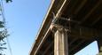 Andaimes para montagem da ciclovia foram colocados na Terceira Ponte em Vila Velha