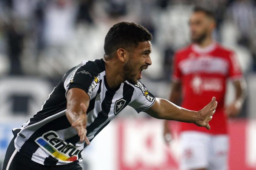 Marco Antonio abriu caminho para a vitória do Fogão sobre o CRB. Crédito: Vítor Silva/Botafogo