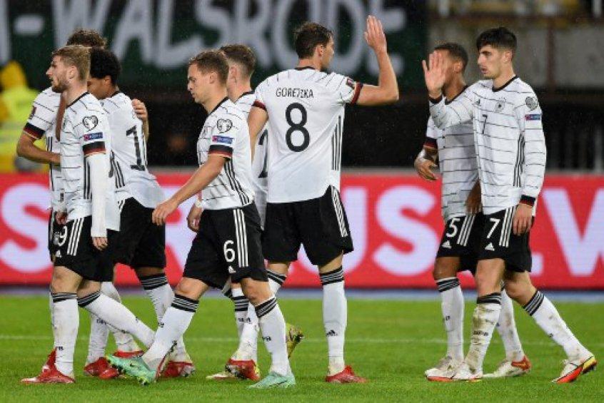 Alemanha goleou a Macedônia do Norte e contou com tropeço da Armênia para se classificar para a Copa do Mundo. Crédito: NIKOLAY DOYCHINOV / AFP