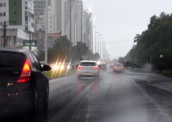 Tempo chuvoso em Vitória nesta quarta-feira (20) nk3lwinde