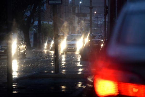 Chuva em Vitórianesta quarta-feira (20) 1emgls3n79d
